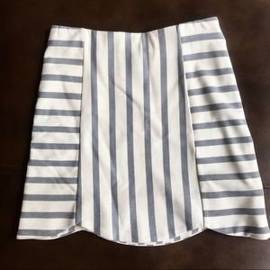 Top Shop Mini Skirt Size 2 White and Blue